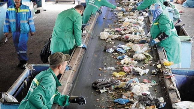 """جمعية: دوافع """"توريد النفايات للمغرب"""" غير مطمئنة"""