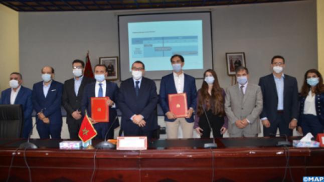 """التوقيع على اتفاقية شراكة بين المركز الجهوي للاستثمار لسوس ماسة و"""" كلوفو المغرب"""" بأكادير"""