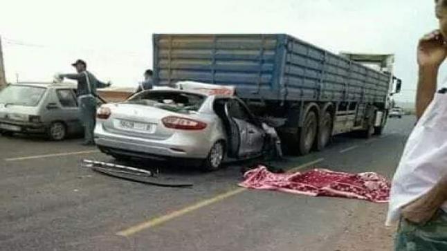 """حادثة سير تخلف 5 قتلى و8 جرحى في """"أوطوروت مراكش وأكادير"""