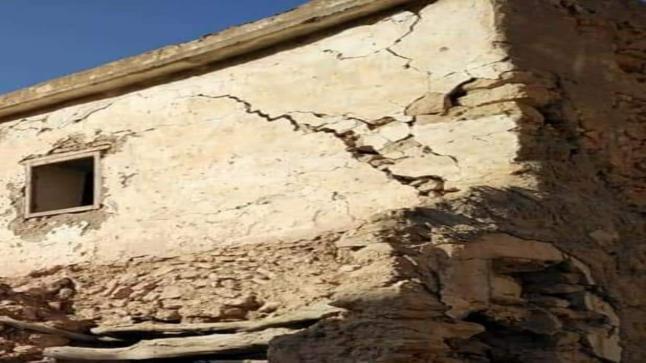 منازل مهجورة آيلة للسقوط تهدد سلامة المواطنين بالمزار ضواحي ايت ملول