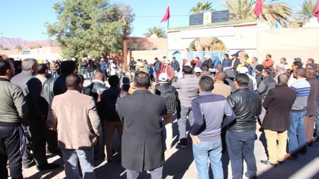 طاطا: إقصاء وتماطل المدير الإقليمي يقود نقابات تعليمية وأساتذة للإضراب – بيان-